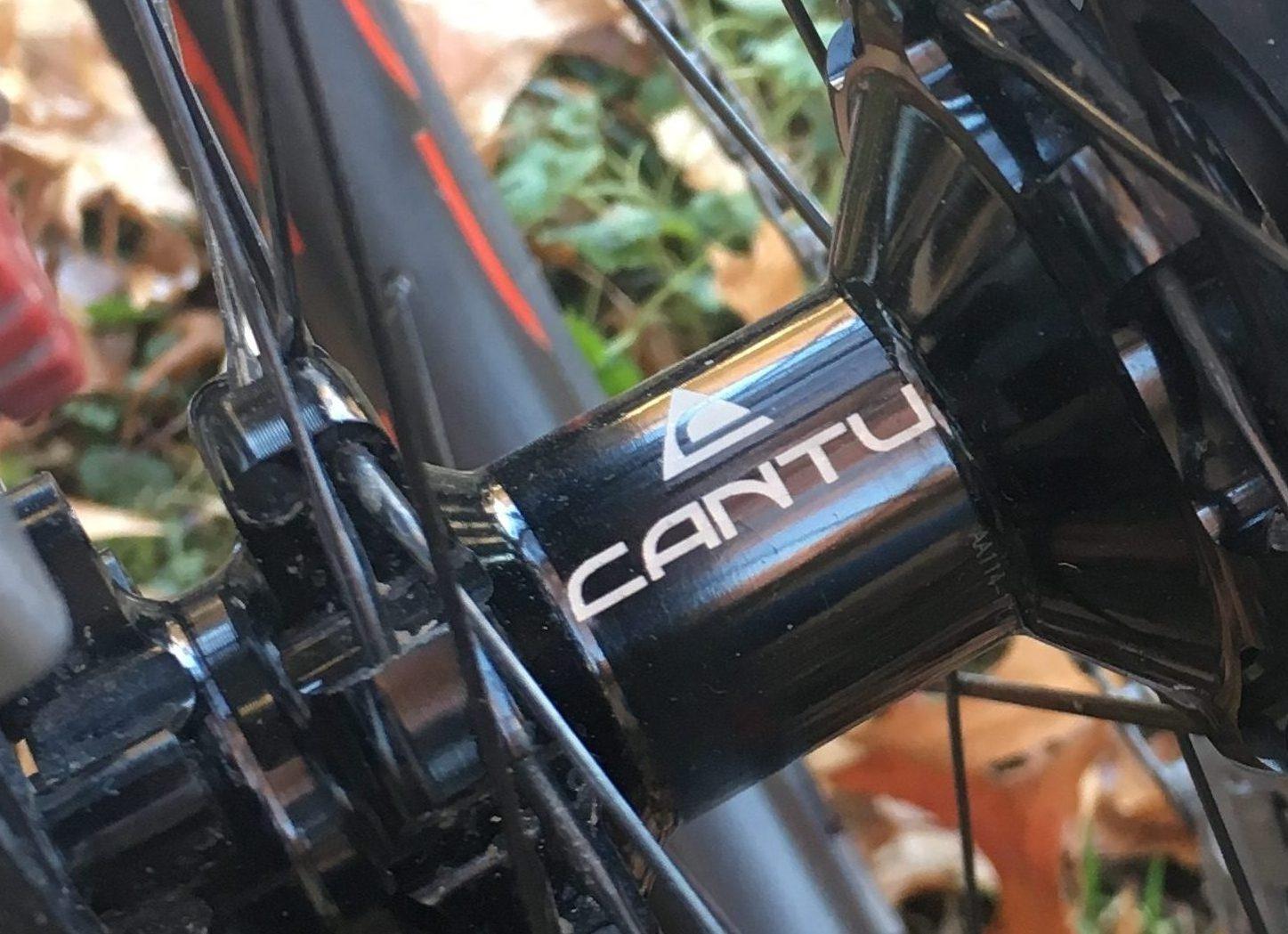 Cantu rear hub