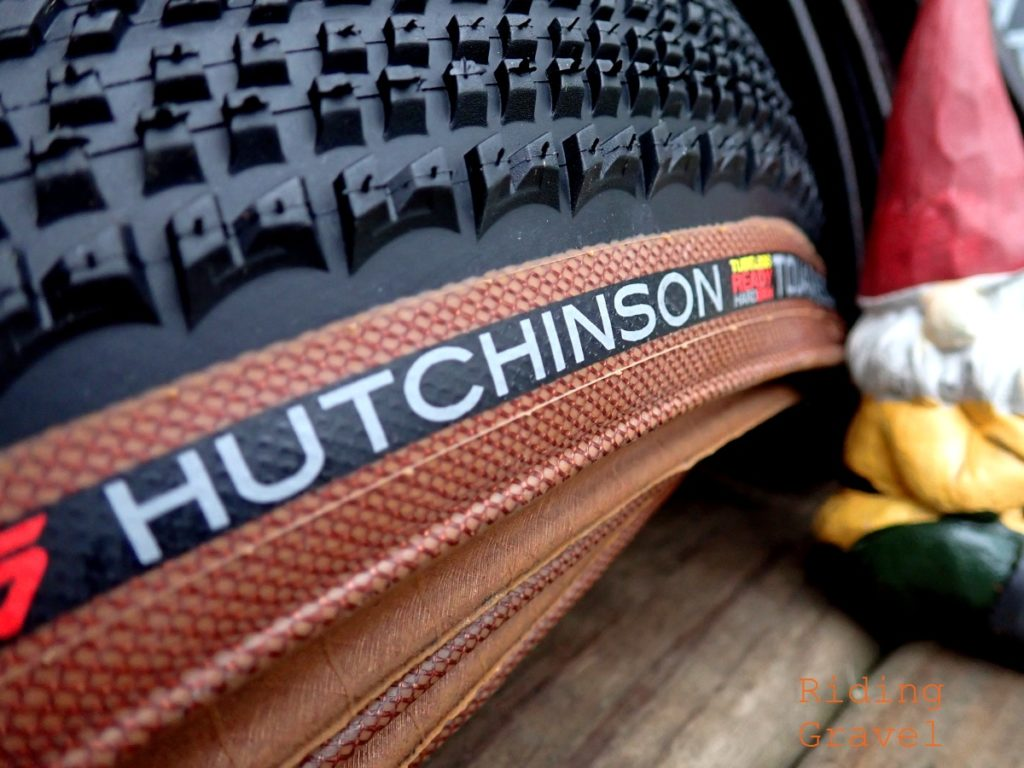 Detail of a Hutchinson Touareg 650B X 47mm tire