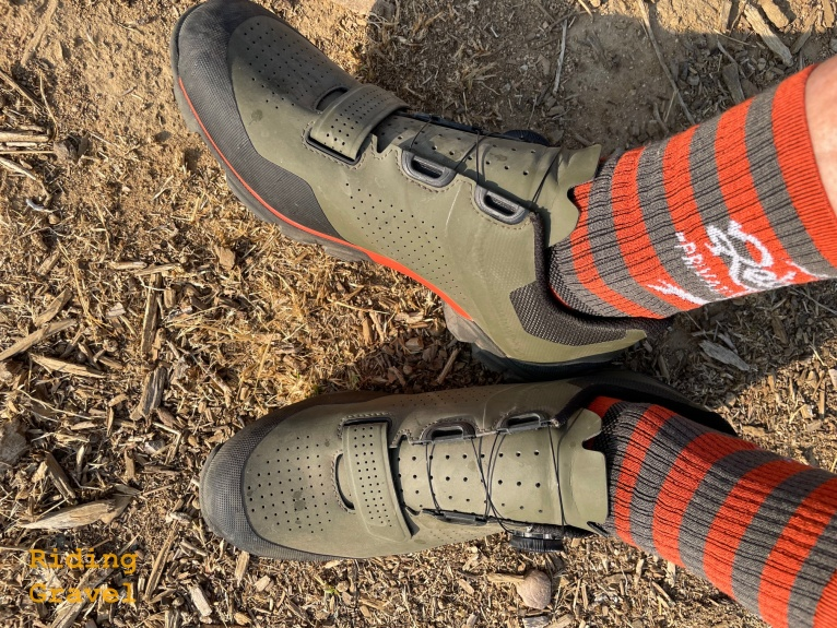 A close up of Grannygear's feet wearing the Bontrager Foray shoes