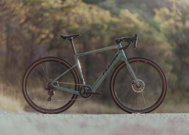 The new Fezzari Shafer gravel bike shown outdoors