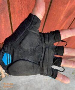 Lizard Skins Aramus Apex gloves, palm view, as modeled by Grannygear